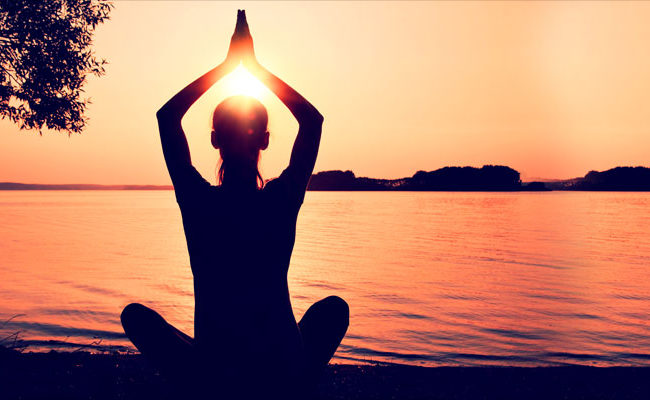 These Three Yoga Asanas Will Make Your Summer Healthier And Happier